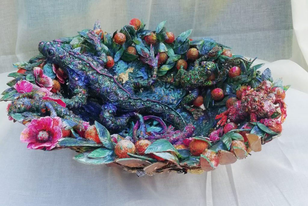 Della Robbia Floral Dish